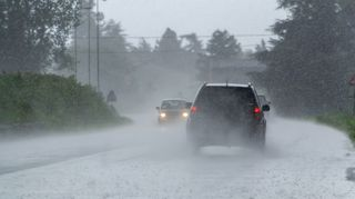 Varování: VČesku kvůli silným bouřkám hrozí izáplavy