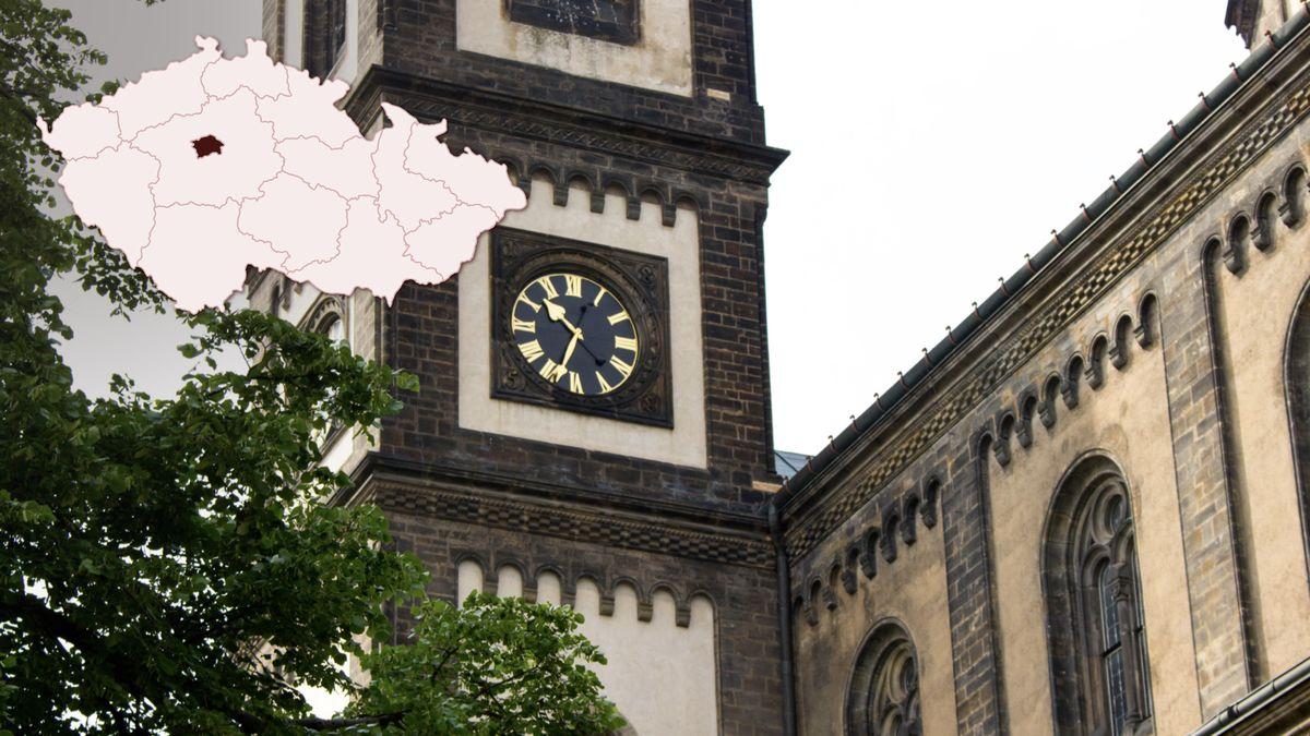 Praha obnovuje věžní hodiny na památkách, první vznikly před šesti sty lety
