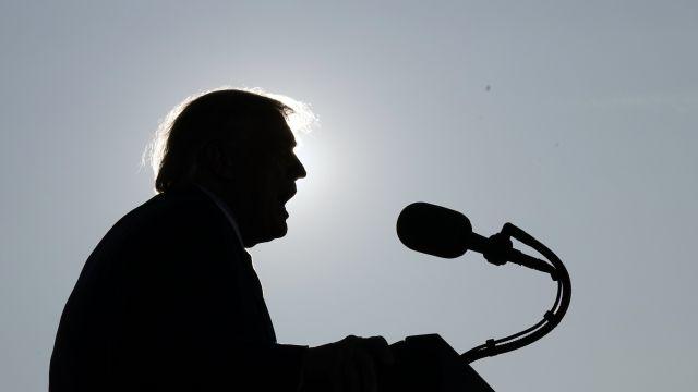Na volby čekat nebude. Nástupkyni zesnulé soudkyně Trump už zřejmě vybral