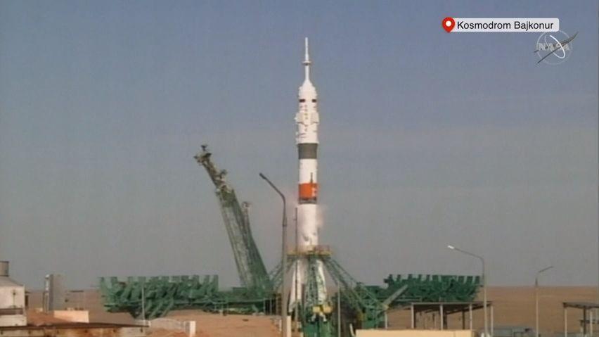 Video: Rekordně krátký let. Sojuz zakotvil na ISS po třech hodinách