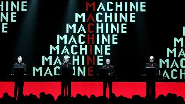 Zemřel Florian Schneider-Esleben, zakladatel kapely Kraftwerk