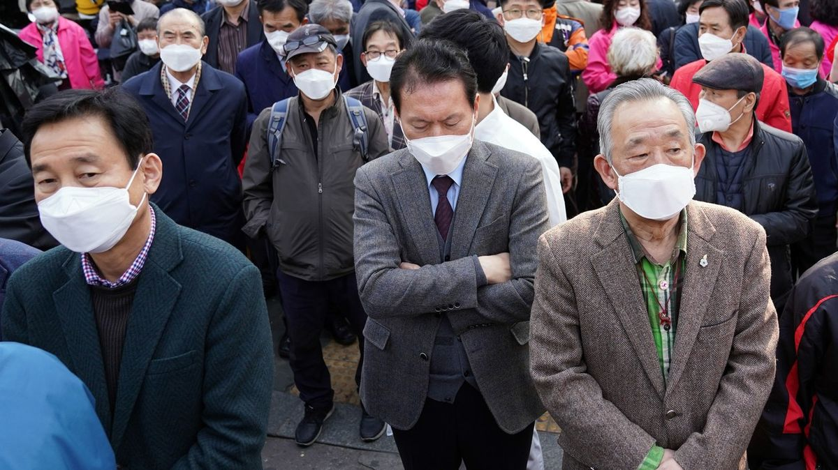 Rasismus během pandemie kvete. Netrpí jen Asiaté, postěžoval si išéf WHO