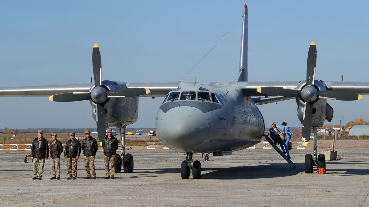 Havárie letadla si vyžádala 26mrtvých. Ukrajina drží smutek