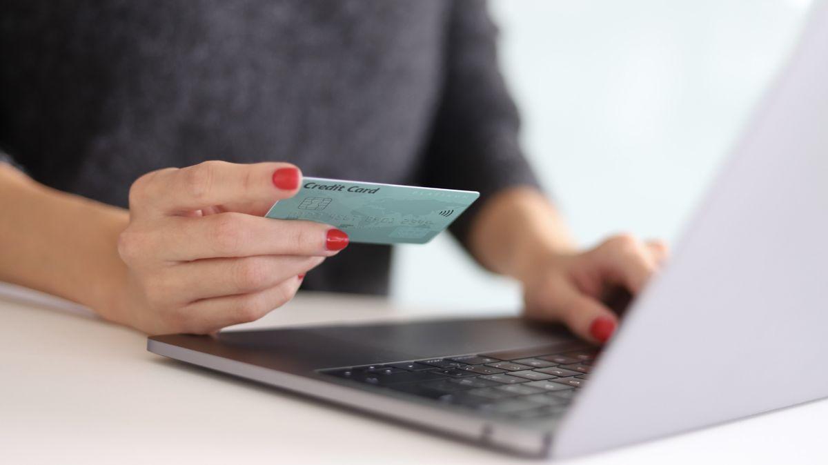 Letos oVánocích se očekávají nárůsty vonline nákupech. E-shopy se připravují