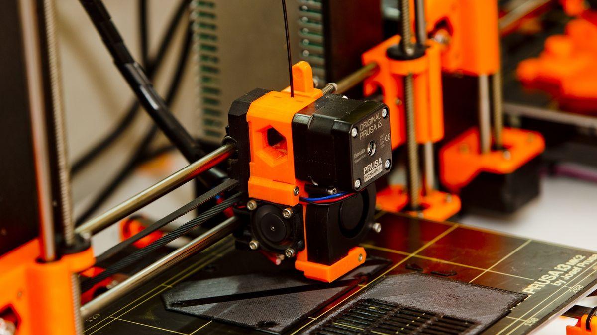 Náš štít kopírují iAmeričané, říká český guru 3D tisku