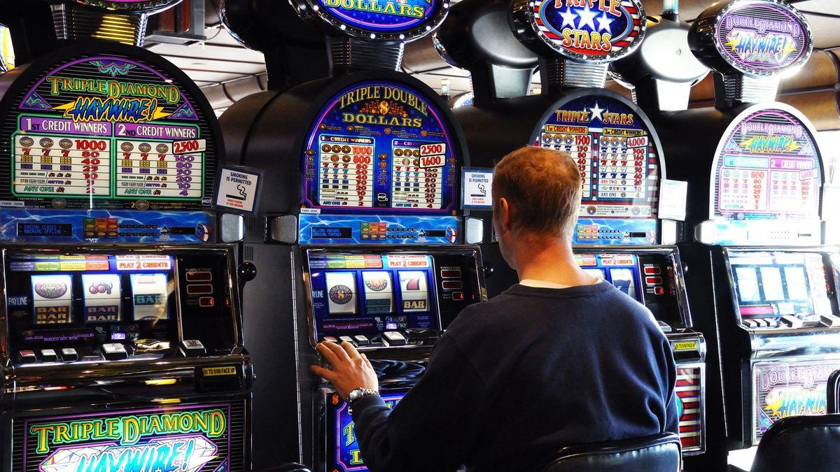 Skrizí se vrací do měst hazard. Řeší ho iluxusní hotel na jihu Čech