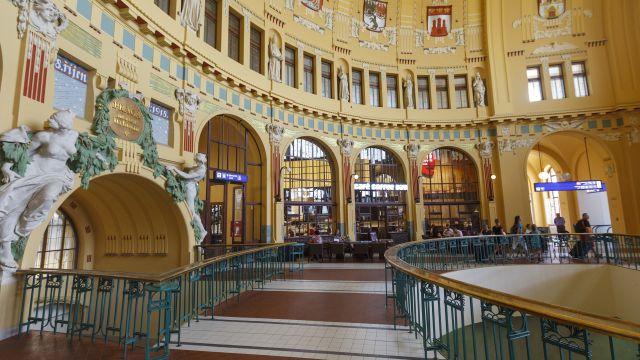 Na pražském hlavním nádraží začala rekonstrukce interiérů Fantovy budovy