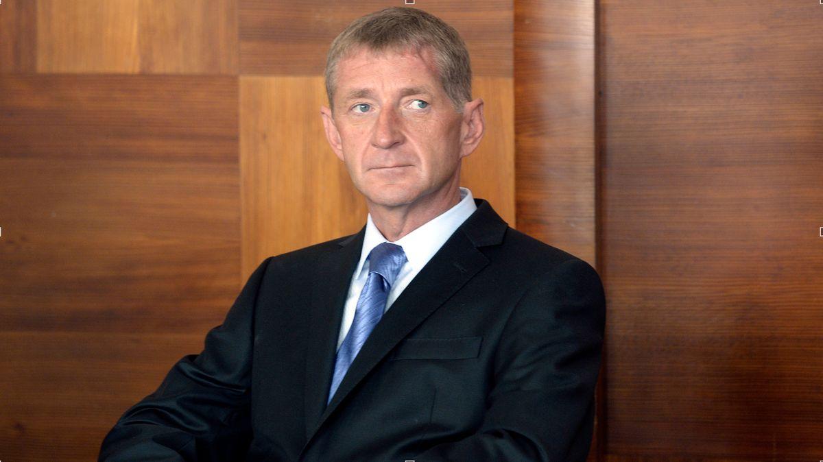 Janoušek byl vdobě nehody závislý na alkoholu, řekl soudu jeho terapeut