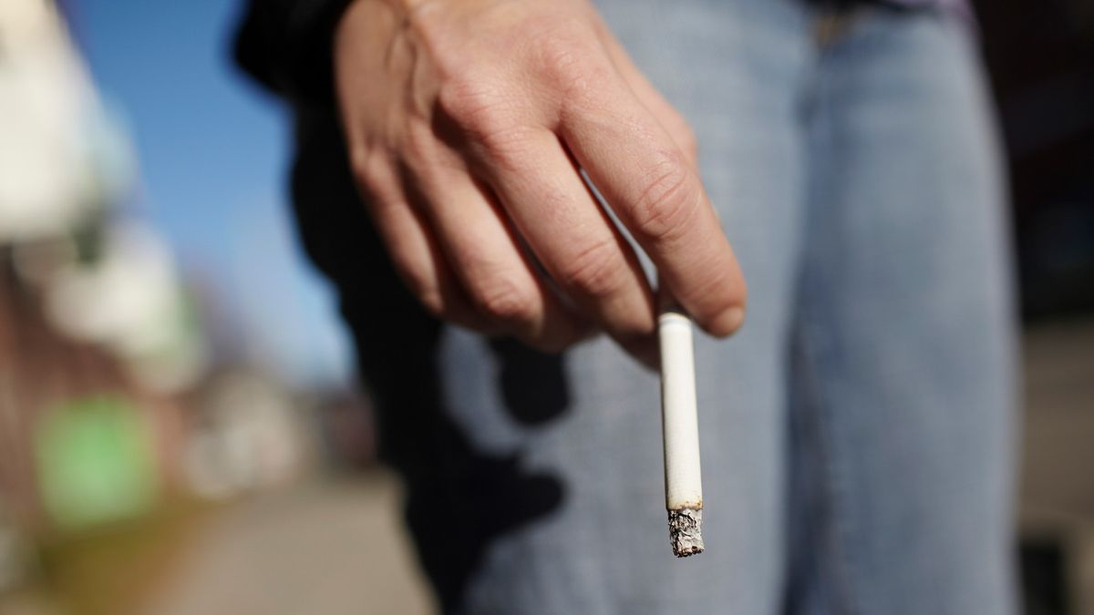 Zákaz kouření v hostincích platí dál, Ústavní soud ale změnil pravidlo u dětských akcí