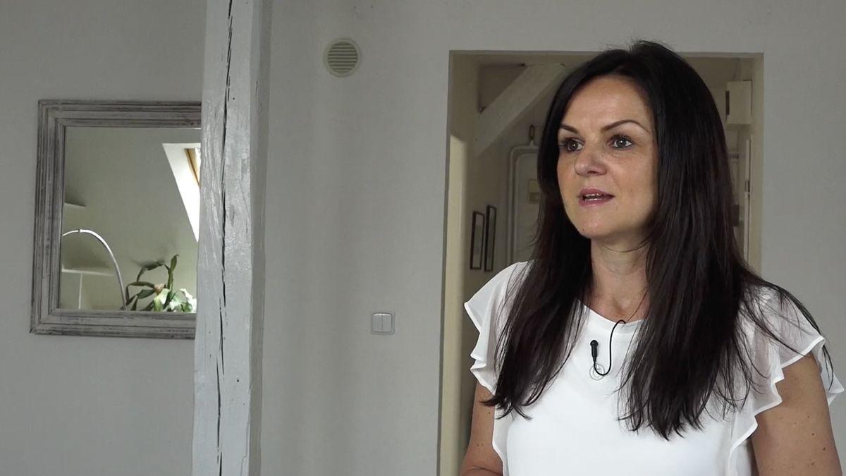 TV interview with Sevenkeys on Airbnb rentals in Prague