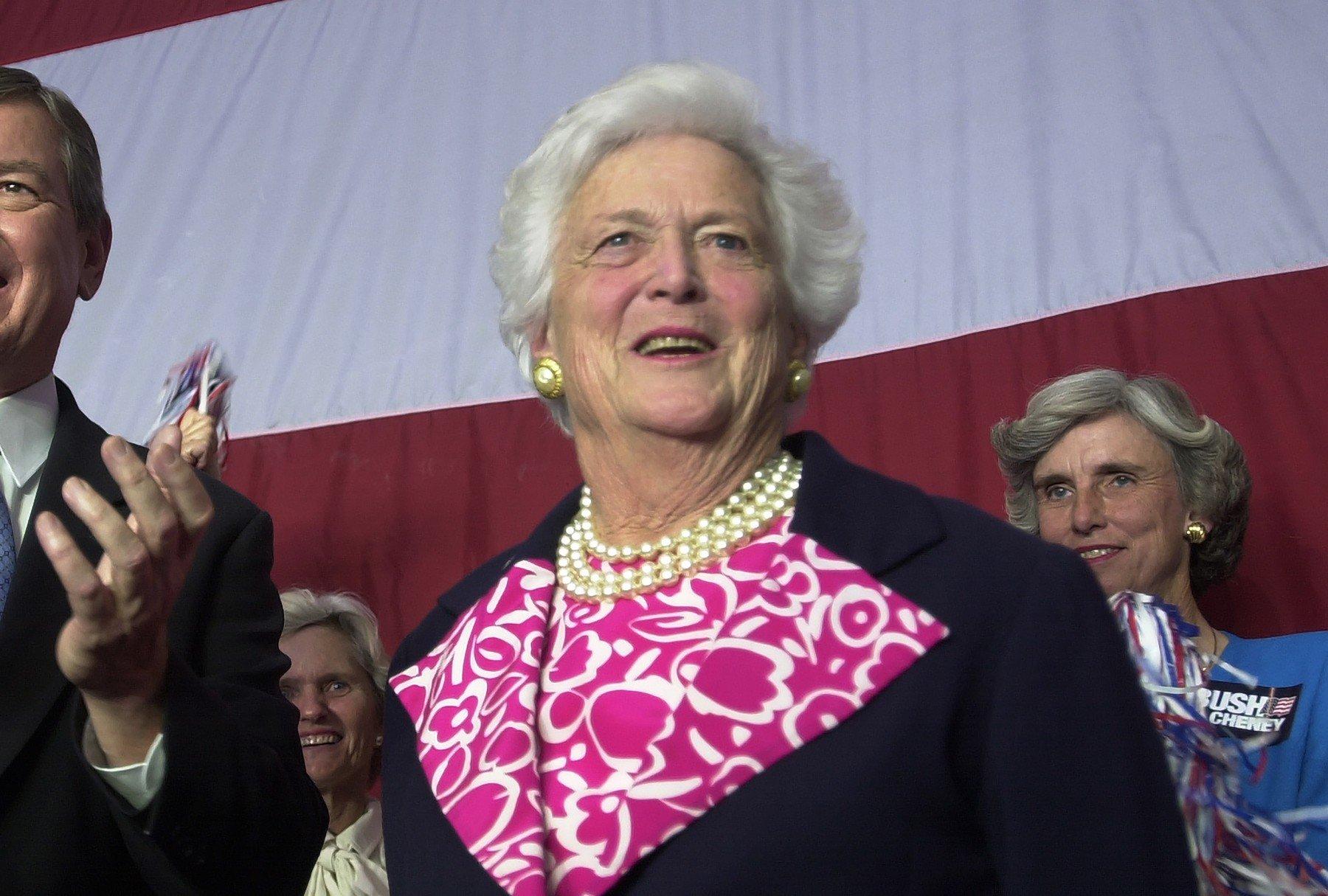 Zemřela bývalá první dáma USA Barbara Bushová, bylo jí 92 let