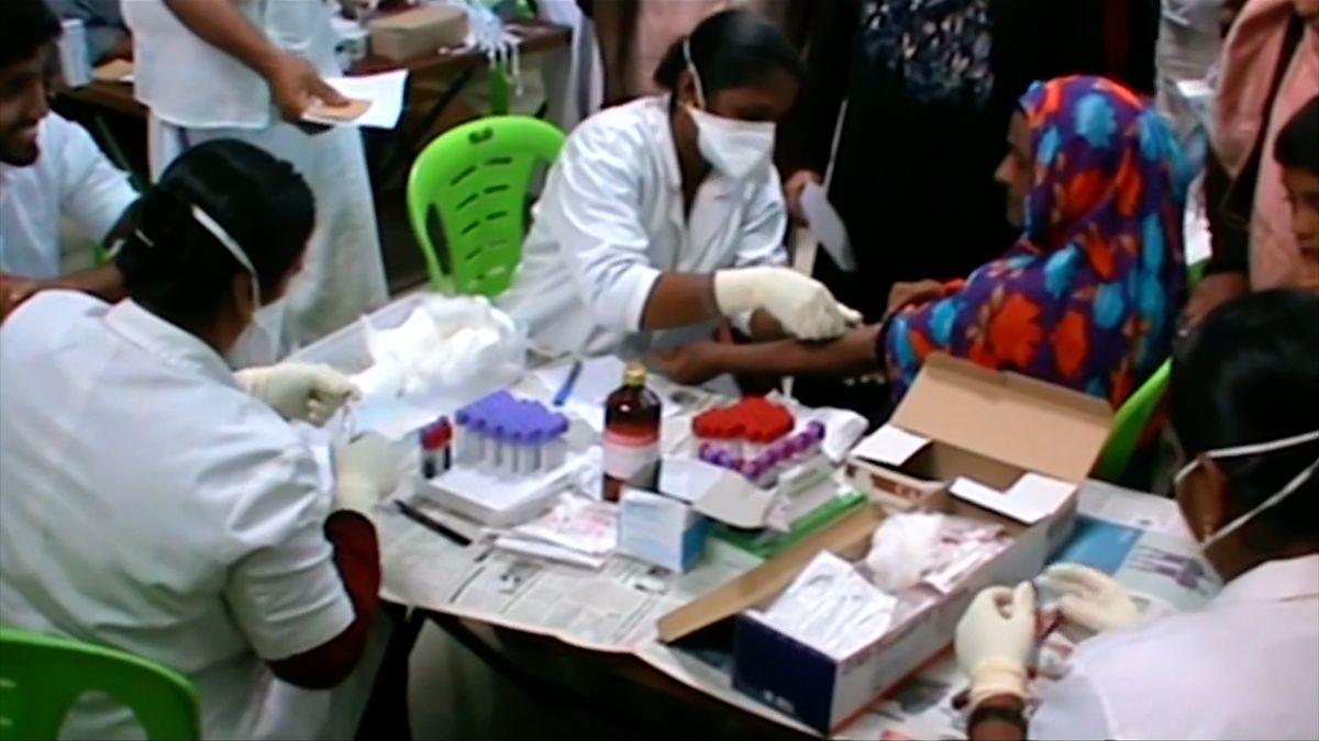 V Indii se objevil zákeřný virus, na který neexistuje očkování
