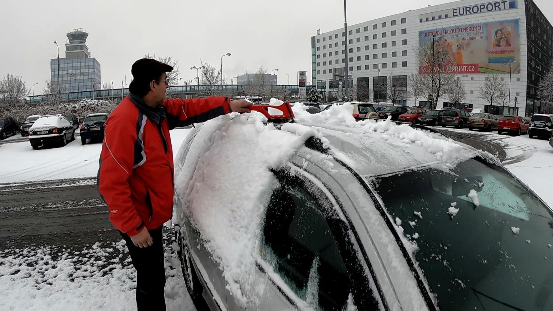 Zima se nevzdá, říká předpověď. Příští týden bude jen kolem nuly