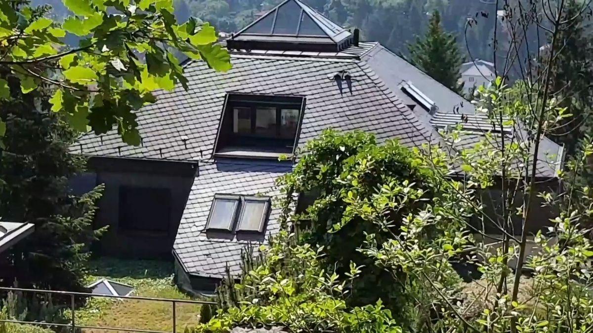 Exekutoři zkoušeli potřetí prodat Krejčířovu vilu. Ani za polovinu odhadní ceny ji nikdo nechtěl