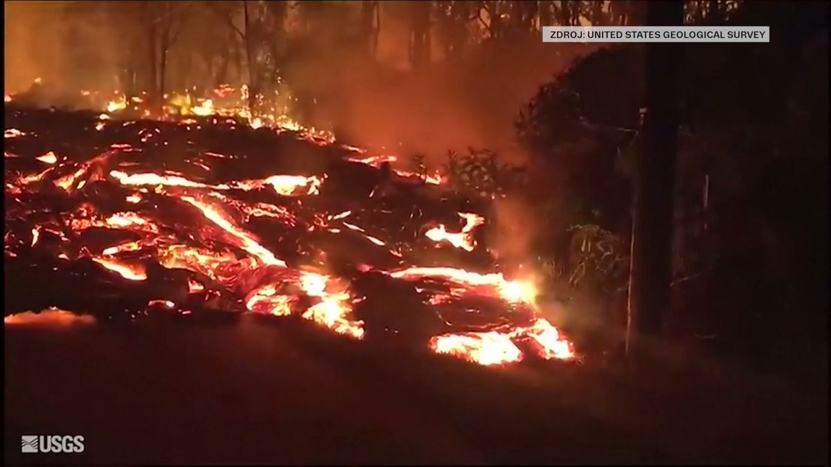 Video: Havajská sopka vytvořila vulkanický smog. Dým zakryl slunce