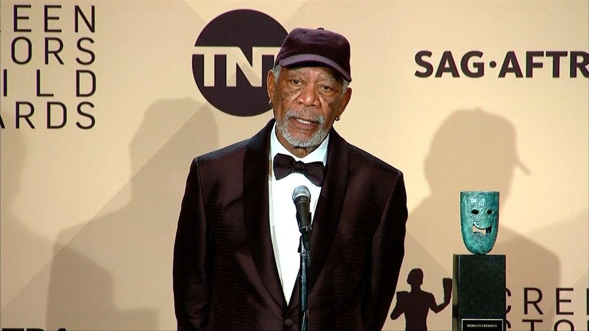 Morgan Freeman jako sexuální predátor. Promluvilo už 16 žen z filmového zákulisí