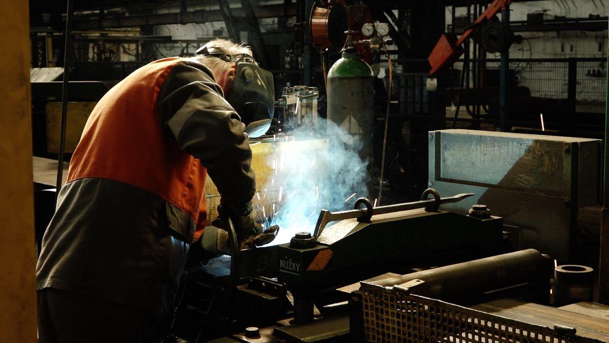 Prodej ArcelorMittal? Sedm tisíc zaměstnanců firmy se bojí, že dopadnou jako lidé z Vítkovických strojíren