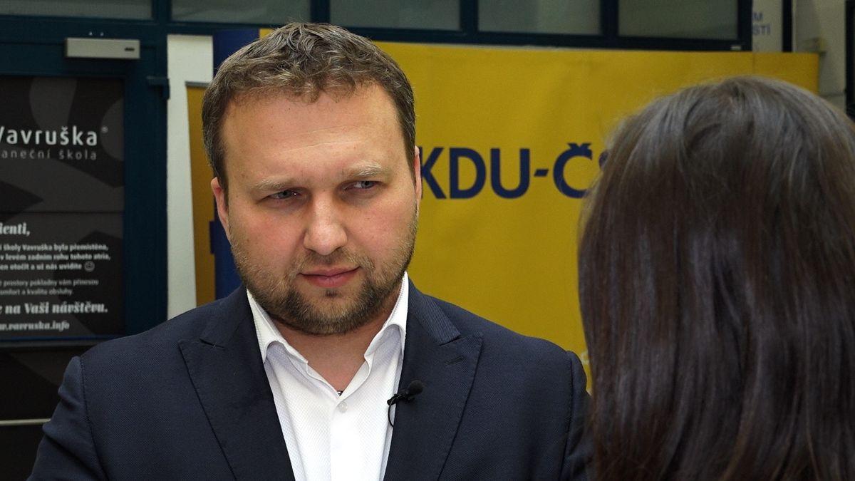 Radil jsem nástupci, co musí udělat kvůli kůrovci, neposlechl, brání se bývalý ministr zemědělství Jurečka