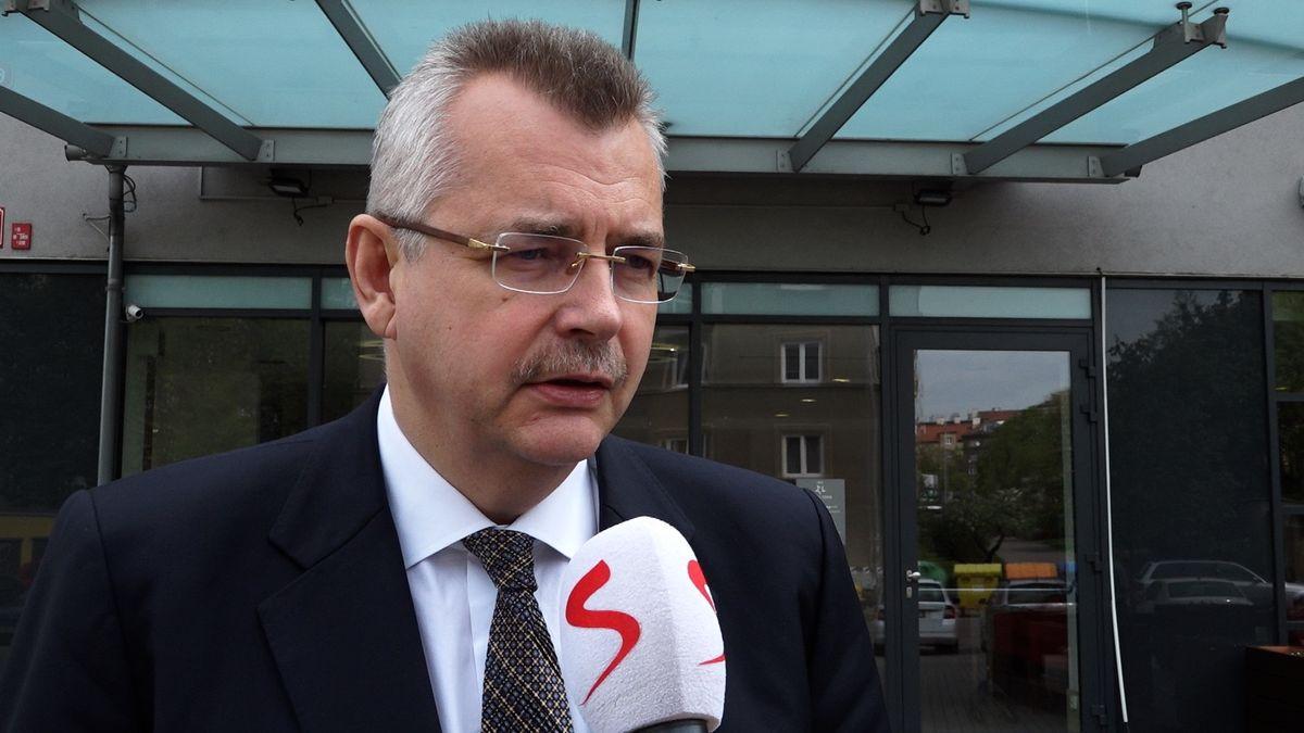 Ve válce o vysílací práva na fotbalovou ligu Pragosport nabízí 150 milionů, TV Barrandov o 30 více, prozradil Tvrdík