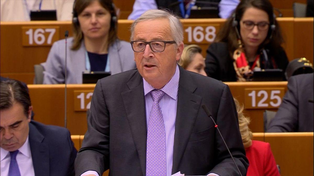 """Nový rozpočet EU není cvičením z účetnictví. Juncker se opřel do """"Evropanů na poloviční úvazek"""""""