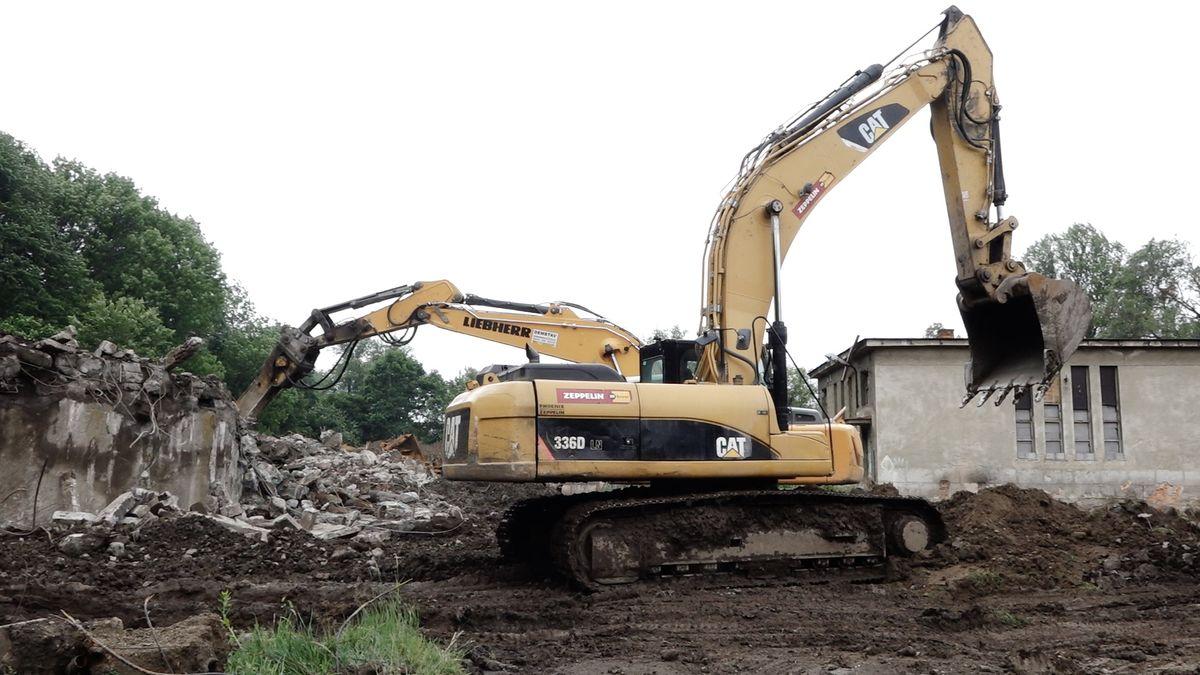 Zbytečná demolice za miliony? Ostravané marně bojují proti zbourání komunitního centra