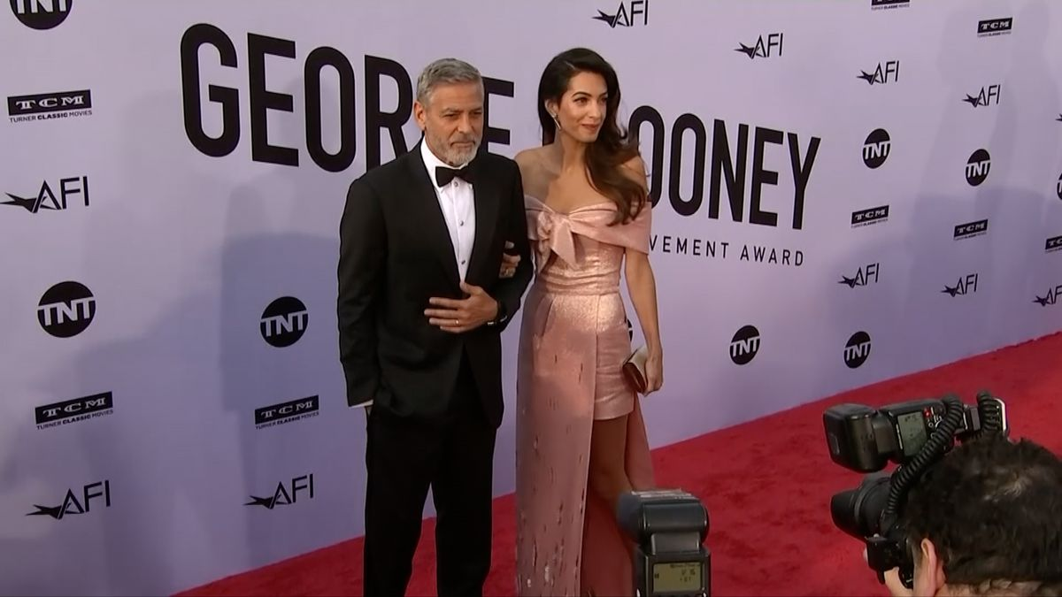 I když letos Clooney nenatočil žádný film, je v žebříčku Forbes nejlépe placeným hercem