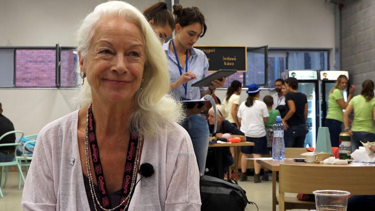 Kultura: Poradkyně světových lídrů o nenásilí a ženském elementu v politice