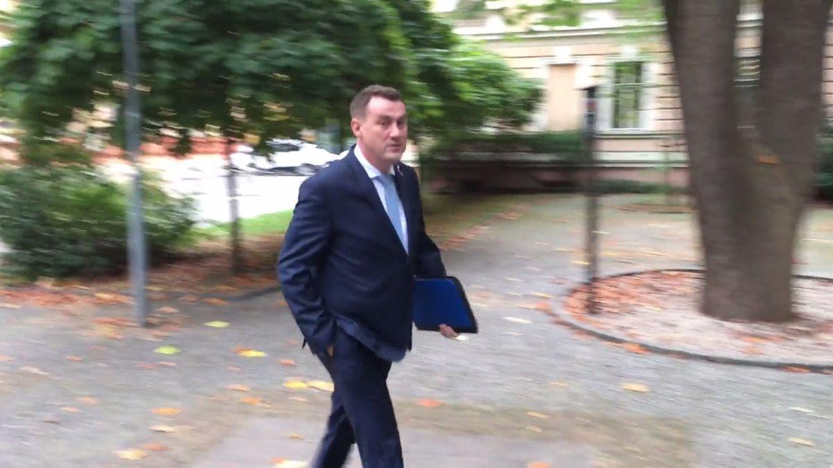 Soud zrušil a odložil líčení v korupční kauze s hejtmanem Půtou kvůli jeho námitce proti podjatosti