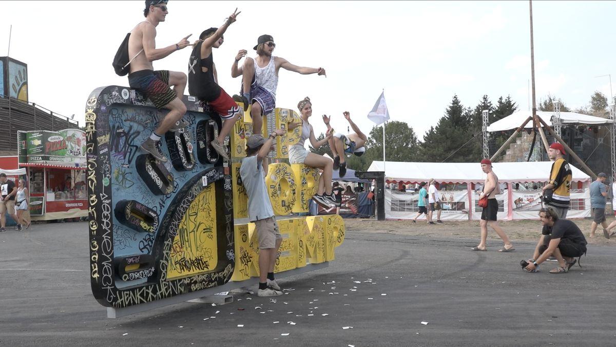 Na hradecké letiště míří tisíce hiphoperů. Startuje show, kterou CNN zařadila mezi 50 top festivalů světa