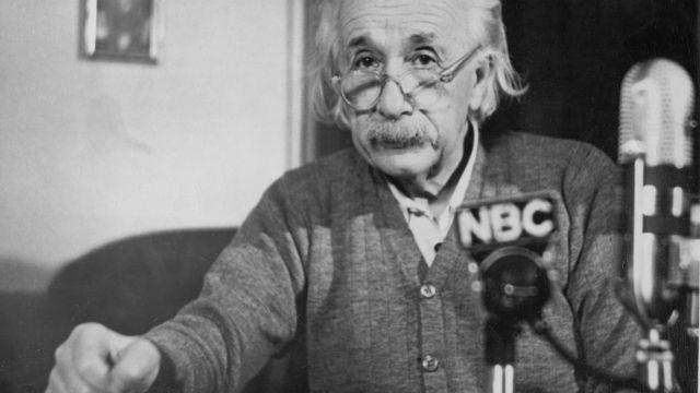 Albert Einstein nebojoval za lidská práva odjakživa. O Číňanech napsal, že jsou tupí a stádovití
