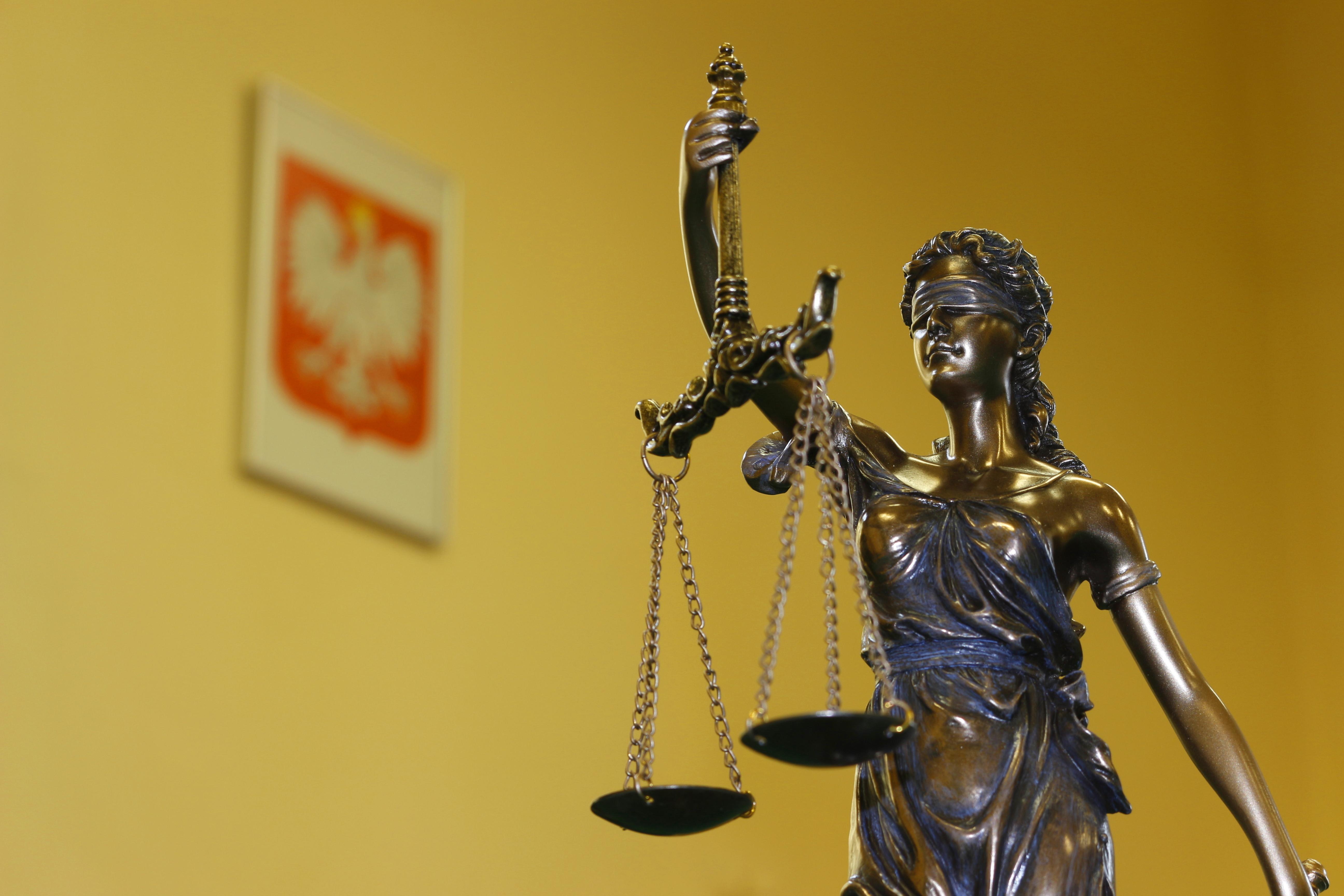 Evropská síť soudcovských rad navrhla vyloučení Polska, na vině je závislost soudů na vládě