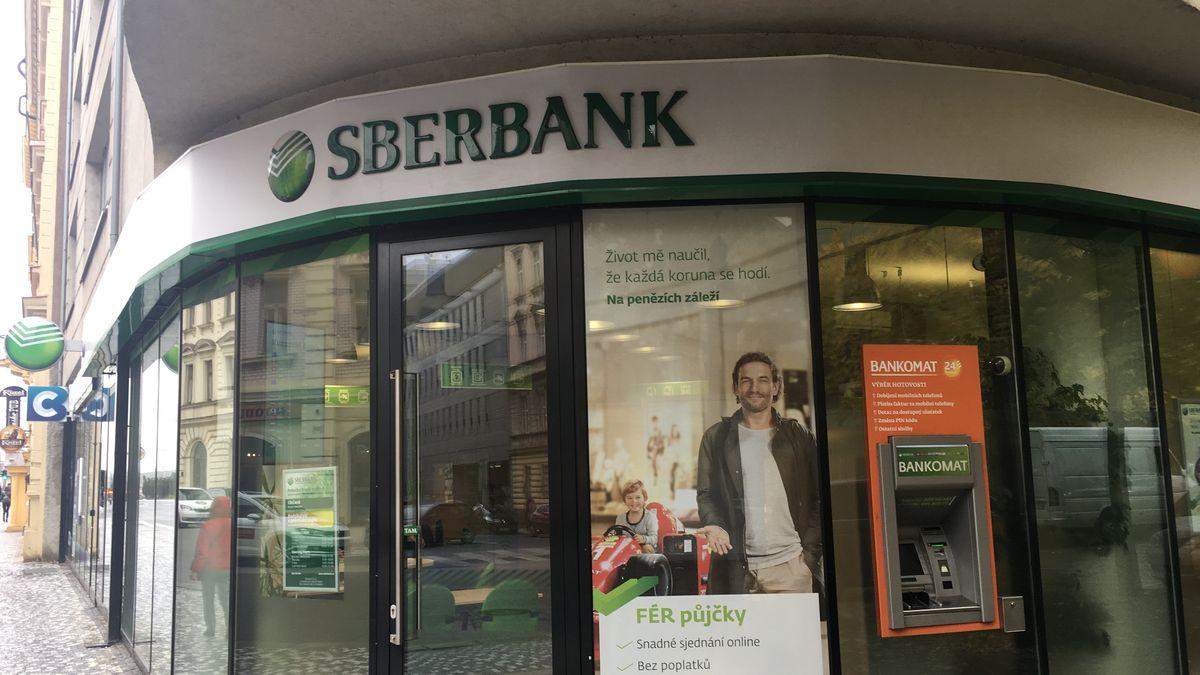 Ruské bance, která působí ivČesku, unikly jména a adresy 421tisíc zaměstnanců