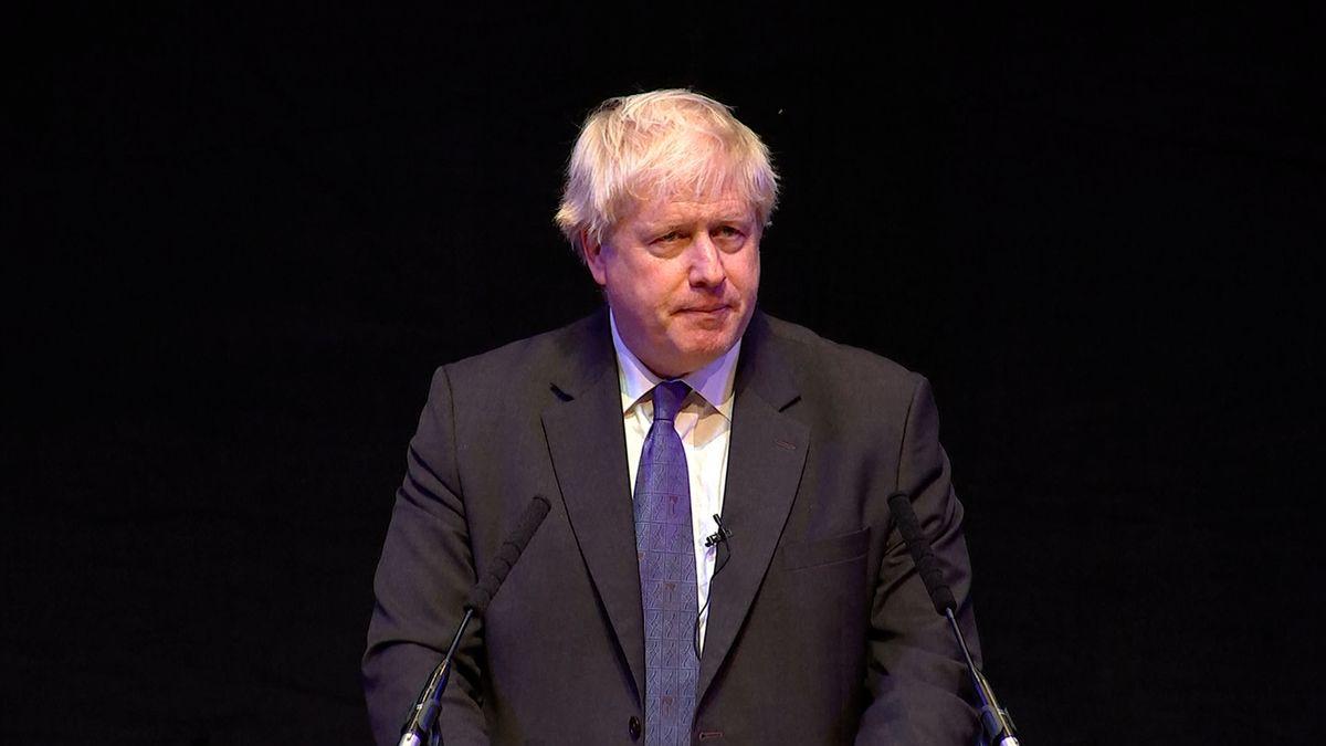 Johnson ovládl itřetí kolo volby britského premiéra, končí Stewart