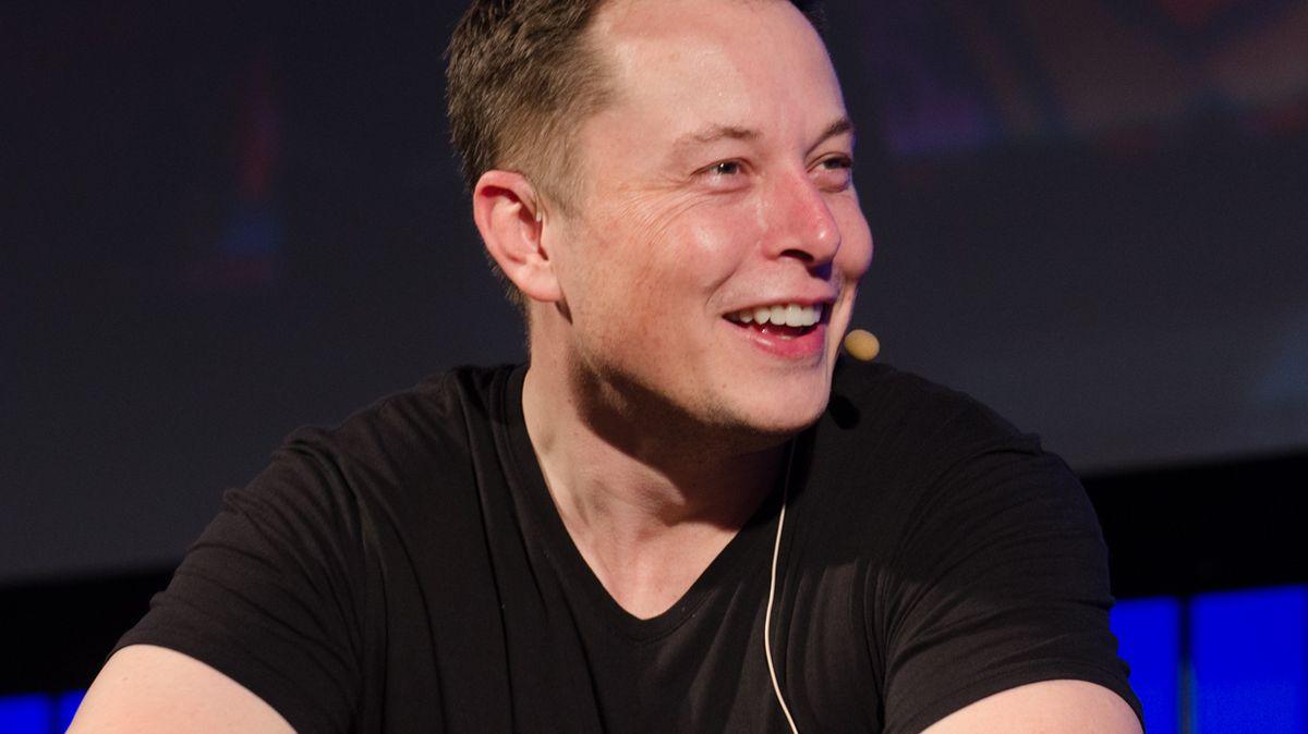 Velmi drahý tweet Elona Muska. On iTesla musí každý zaplatit 443milionů korun