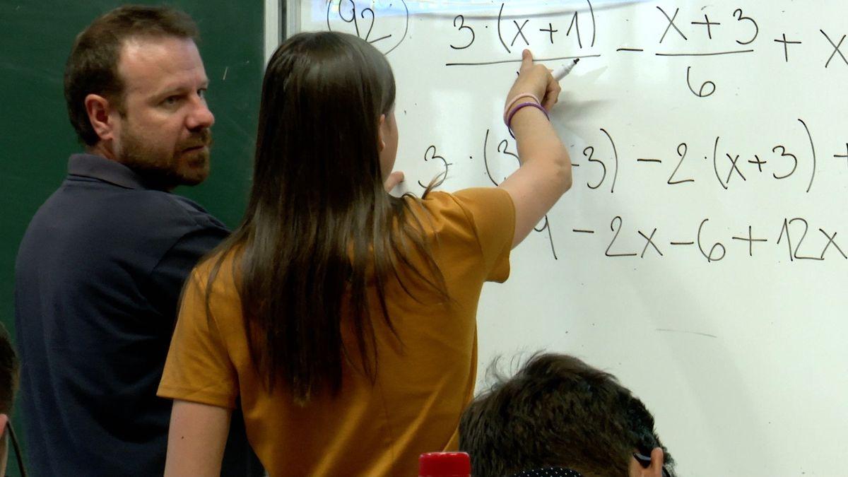 Komentář: Maturitu zmatematiky nepotřebujeme, ve škole se musí uklízet