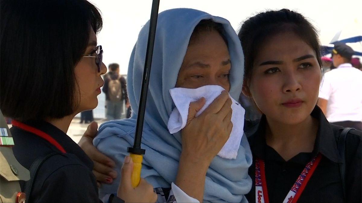Potápěči našli druhou černou skříňku indonéského letounu, klíčovou pro objasnění letecké katastrofy
