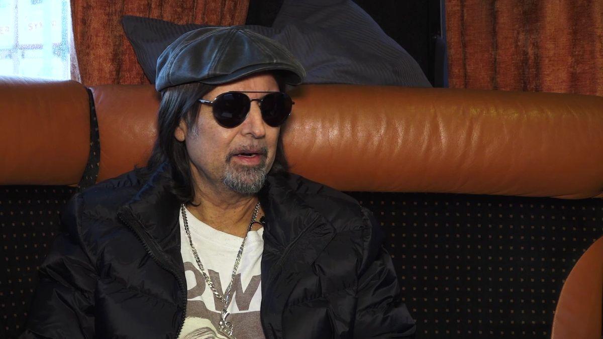 Moje žena se snázvem mé kapely nikdy nesmířila, říká bývalý kytarista Motörhead