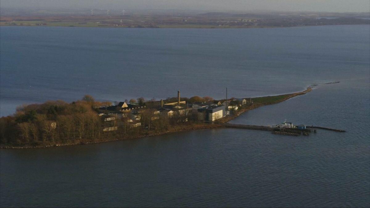 Dánský Alcatraz. Vláda plánuje deportovat migranty na opuštěný ostrov