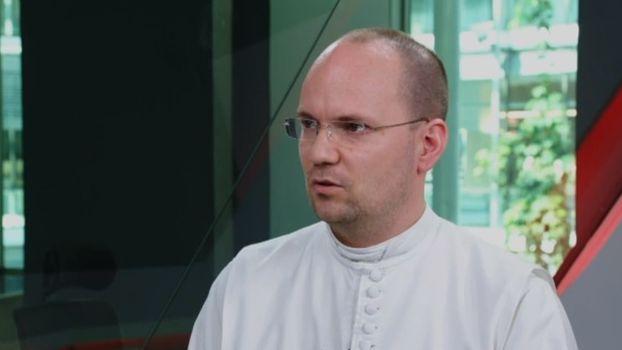 Oběti jsou paralyzované, agresor pro ně není monstrum, komentuje zneužívání vkatolické církvi teolog