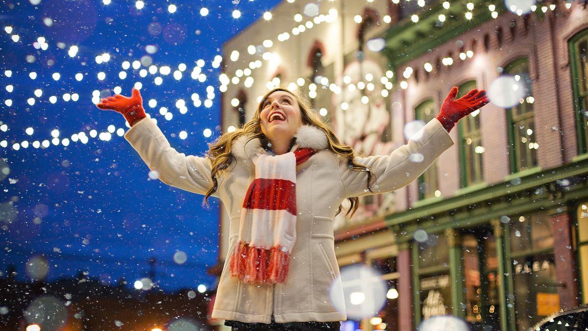 Stihnu koupit dárky, upéct cukroví a navštívit rodinu? Jak si užít Vánoce bez stresu
