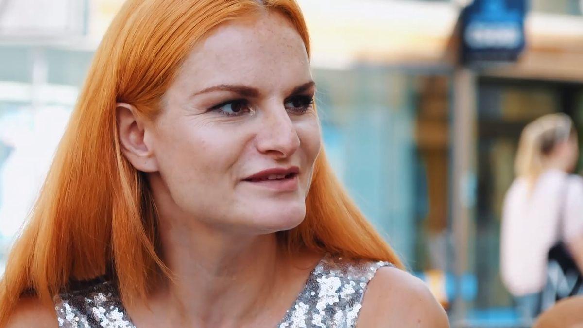"""Moje místa: Dělnice vmontérkách itanečnice utyče. Iva Pazderková odkryla pestrý život vBrně. """"Naštěstí jsme věděli jen odesetině věcí,"""" říká její otec"""