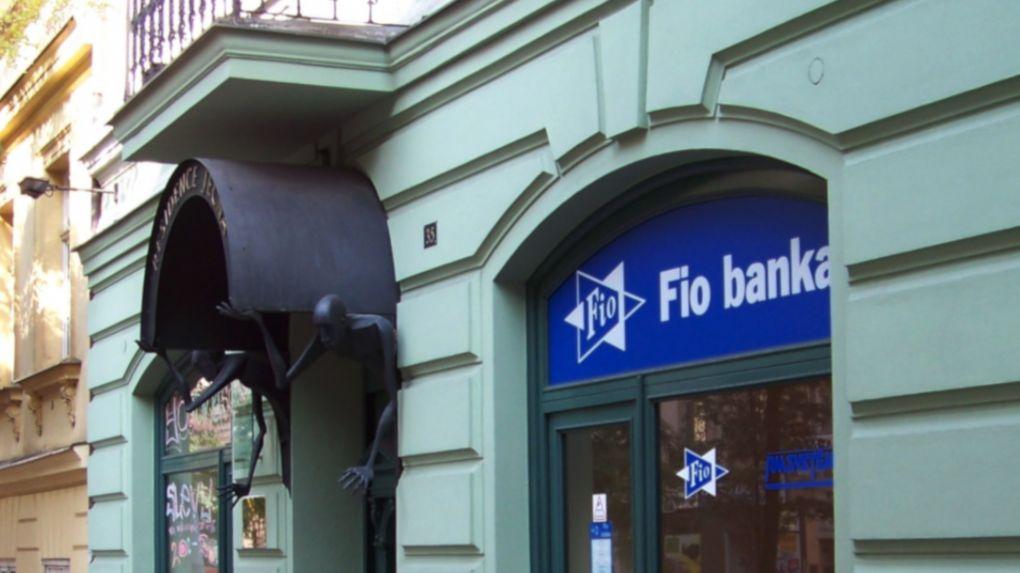Fio banka letos vydělala už tři čtvrtě miliardy, možná dosáhne na miliardu