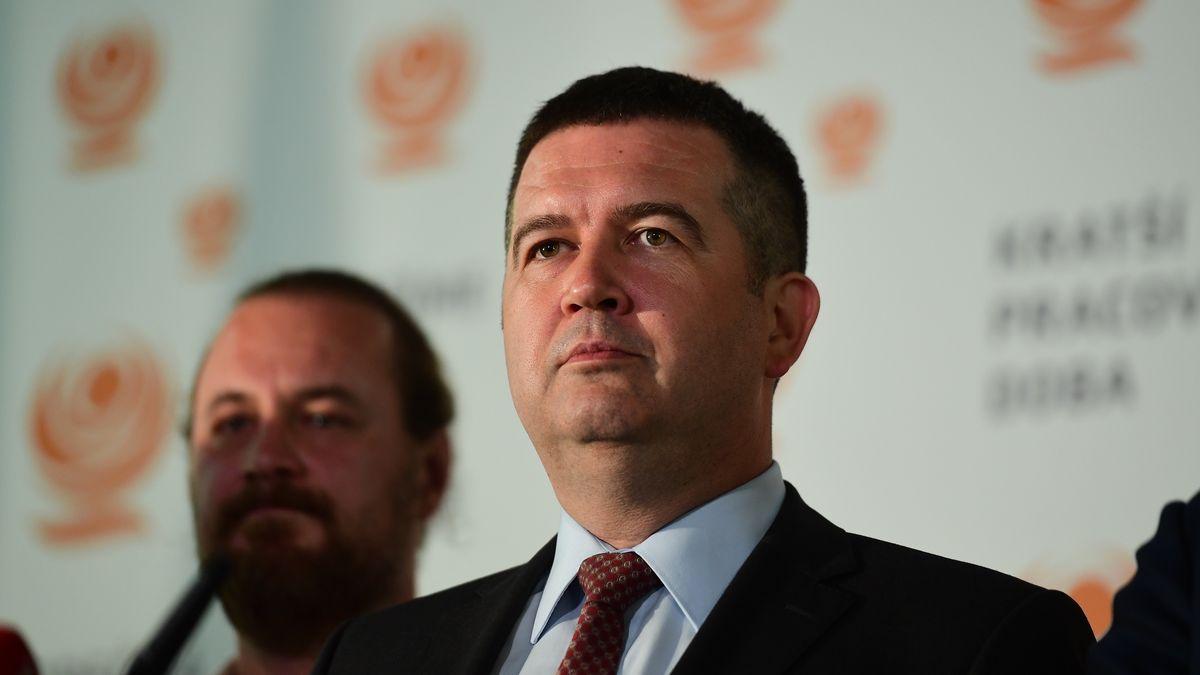 Prokletí lídrů ČSSD. Hamáček se po 13letech rozvádí