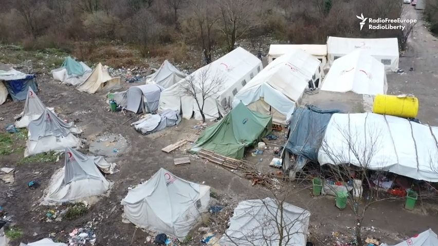 Bosenský tábor pro uprchlíky? Stál uskládky a kousek od minového pole