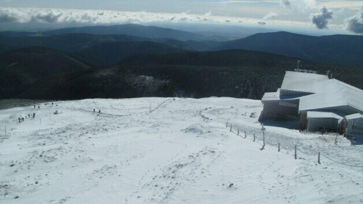 Do Česka přišel sníh. Proč je to čím dál vzácnější?