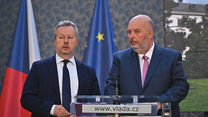 Drancování české půdy a neschopnost vlády, tvrdí Jurečka. Vodu má chránit ústavní zákon