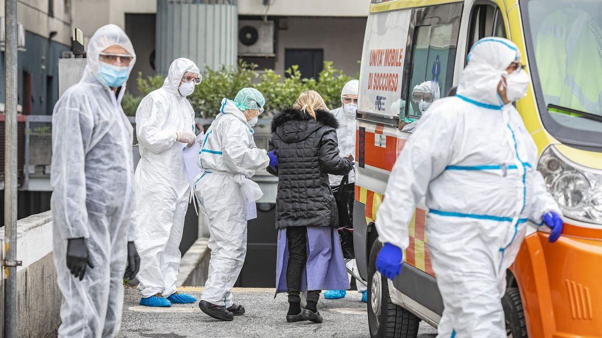 Itálie překonala hranici 100tisíc nemocných. Za den zemřelo 812lidí