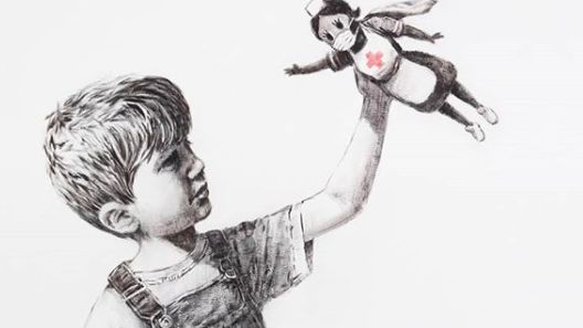 Streetartový umělec Banksy vyjádřil novým dílem úctu zdravotníkům