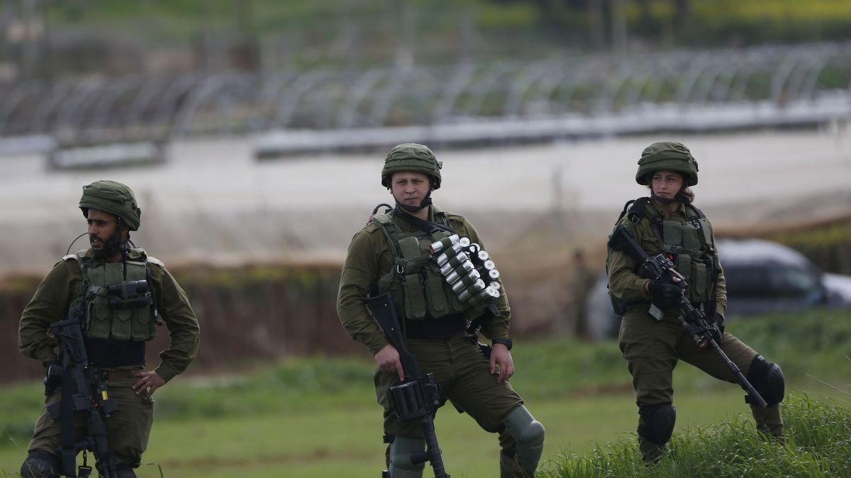 Izraelští vojáci zabili Palestince, který házel kameny na auta