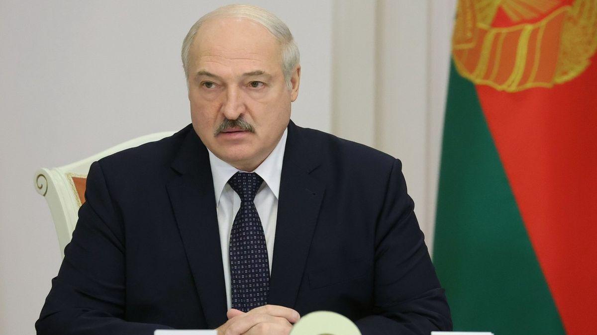 Několik zemí EU, prý včetně Česka, odvolává velvyslance zMinsku